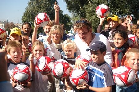 Andi Herzog und Grete Laska mit Kinder
